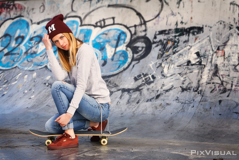 Michele skateboard 09.jpg