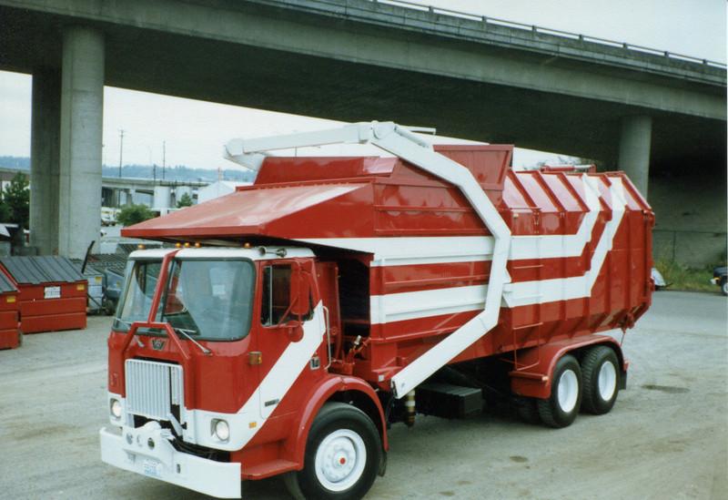 1984 Western Star WX Amrep Front Loader