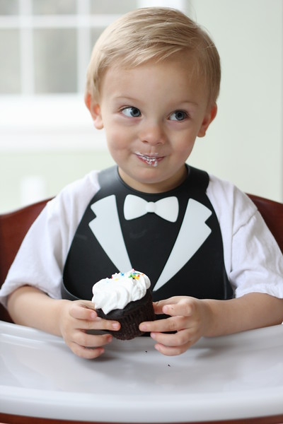 Make_My_Day_Bib_Tuxedo_smile.jpg