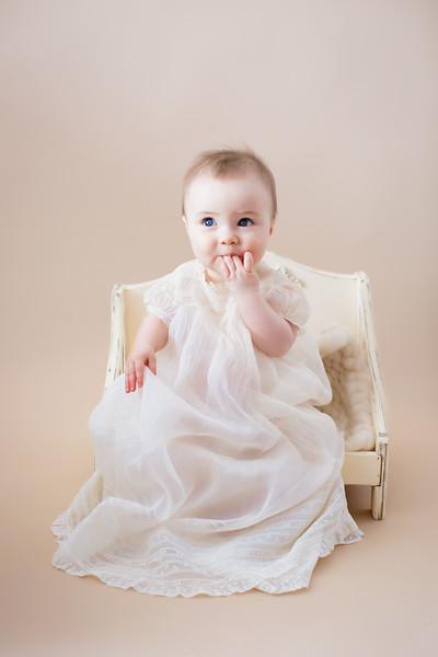 newport_babies_photography_6months-8164-1.jpg