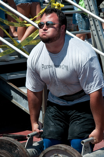 Strongman2009_Competition_DSC1802-1.jpg