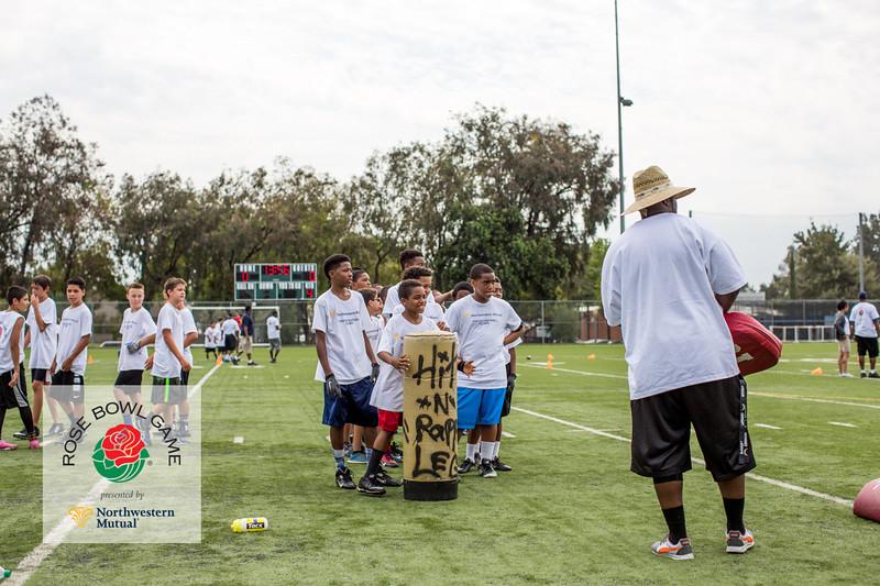 2015 Rosebowl Youth Football Clinic_0593.jpg