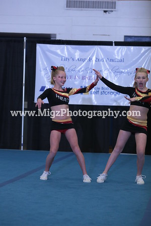 Amber & Mych Junior Duo Action