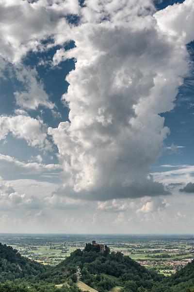 Cloud - Quattro Castella, Reggio Emilia, Italy - June 5, 2016