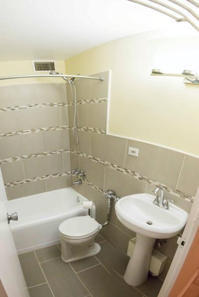 Bathroom2_Panorama3.png