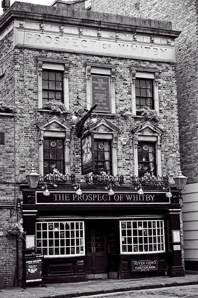 The Prospect of Whitby, Wapping Wall