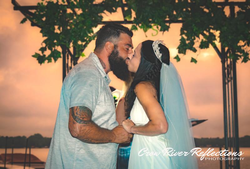 ENGAGEMENT / WEDDINGS