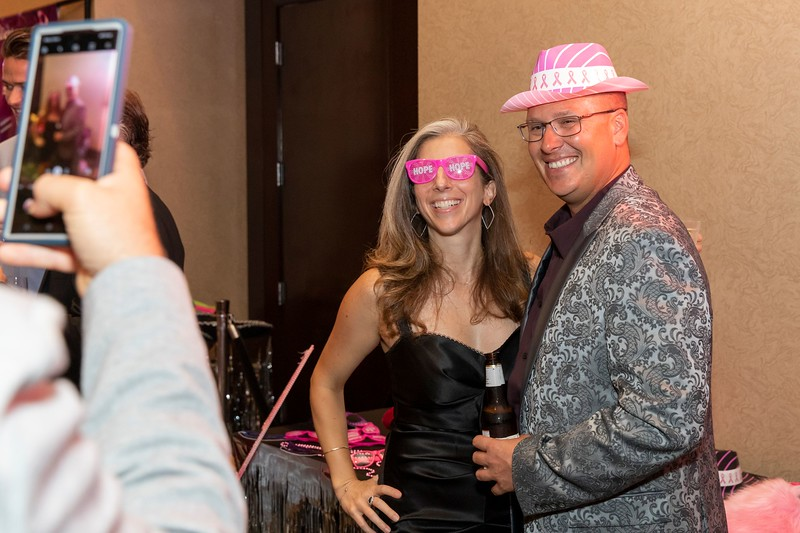2019_11_Yachtail_Party_00226.jpg