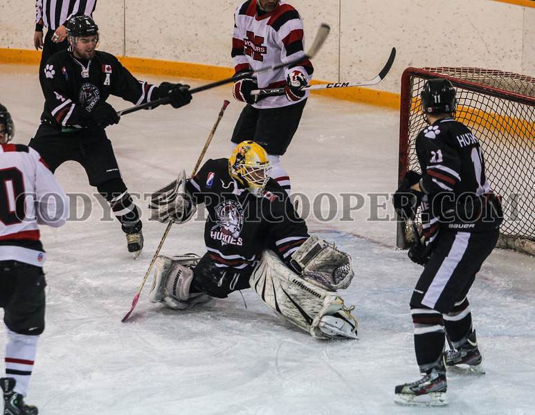 Huskies vs. Voyageurs - Photo 25 Cody Storm Cooper Photography 2014. All rights reserved.
