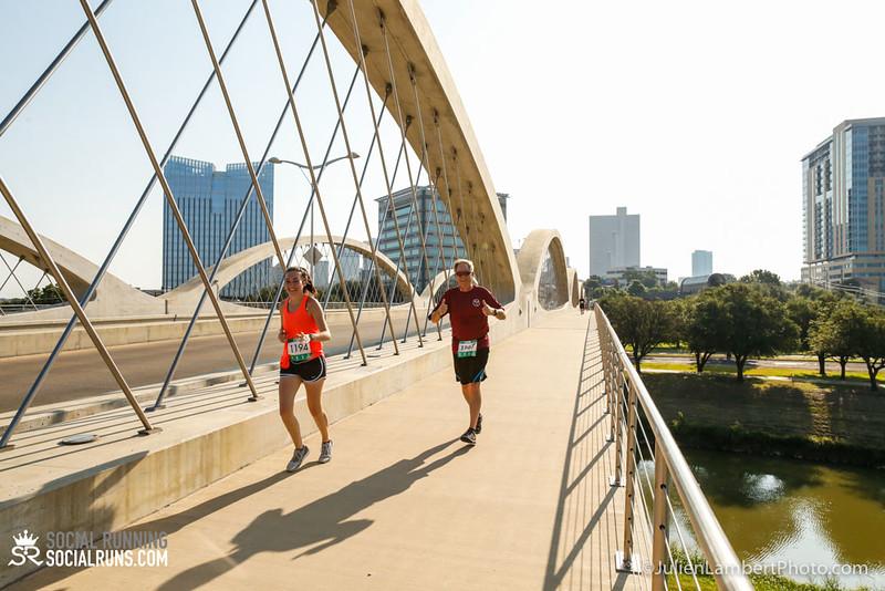 Fort Worth-Social Running_917-0421.jpg