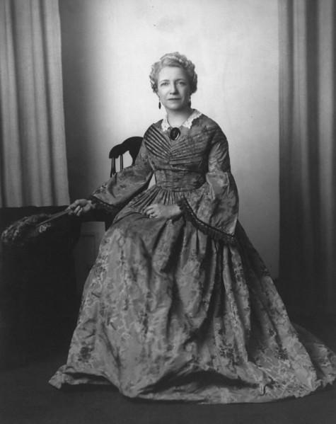 Louanna Strain Hill, Wife of Harold Mathivet Hill