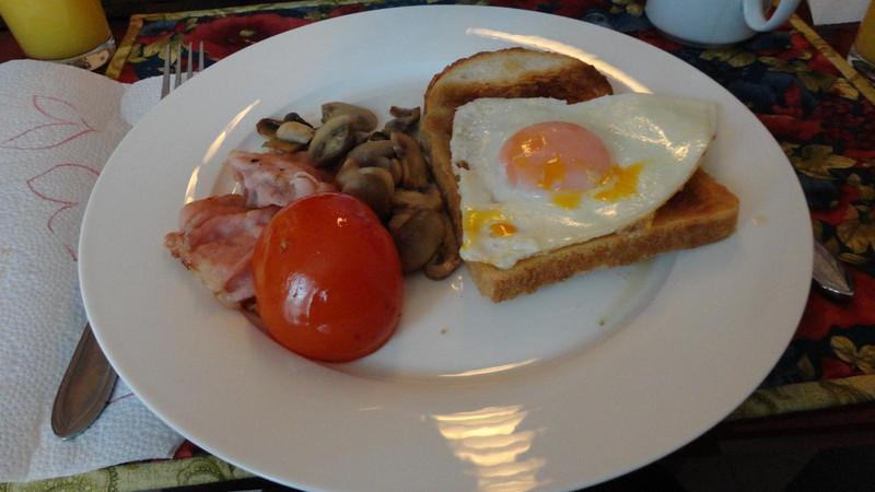 Christmas breakfast (6).JPG