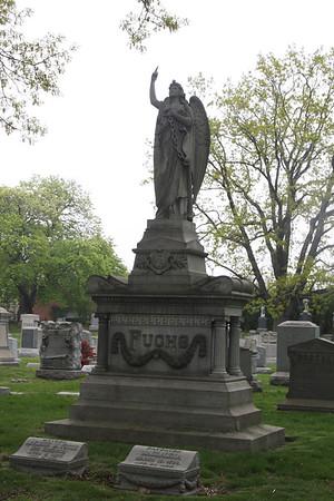 2008.05.02 Greenwood Cemetery