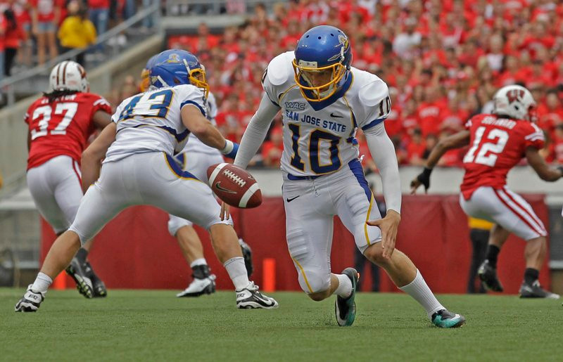 """. <p>2. HARRISON WAID <p>You have to like a punter who won�t quit unless he kicks a little Gophers ass. (unranked) <p><b><a href=\'http://thebiglead.com/2013/09/21/san-jose-state-punter-harrison-waid-ejected-for-fighting/\' target=\""""_blank\""""> HUH?</a></b> <p>   (AP Photo/Morry Gash)"""