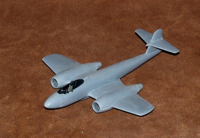 Meteor F.8 A1, 01s.jpg