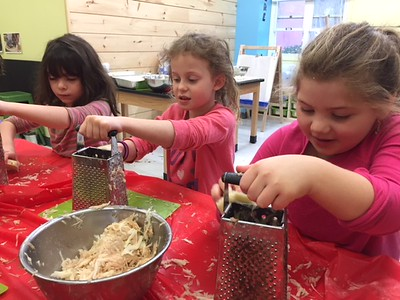 1st Grade Makes Latkes