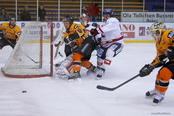 Lillehammer Ishockey @ Frisk Asker (Feb 21 2013)