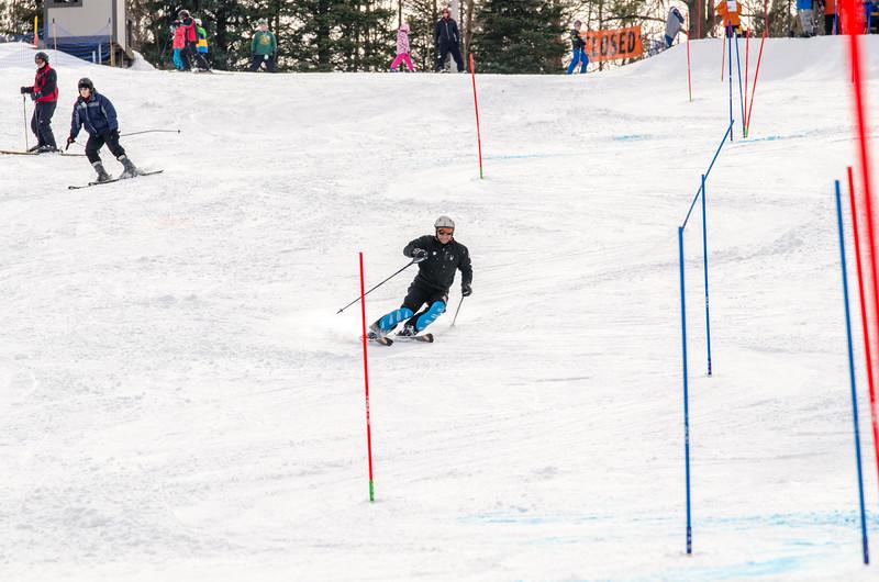 Standard-Races_2-7-15_Snow-Trails-302.jpg