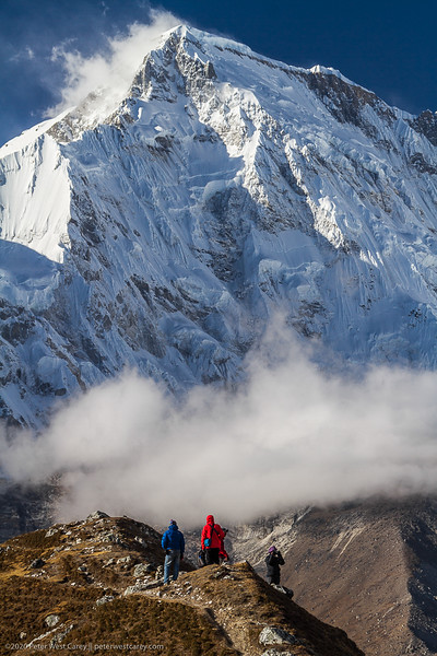 Cho Oyu And The Trekkers, Sagarmatha National Park, Solukhumbu,