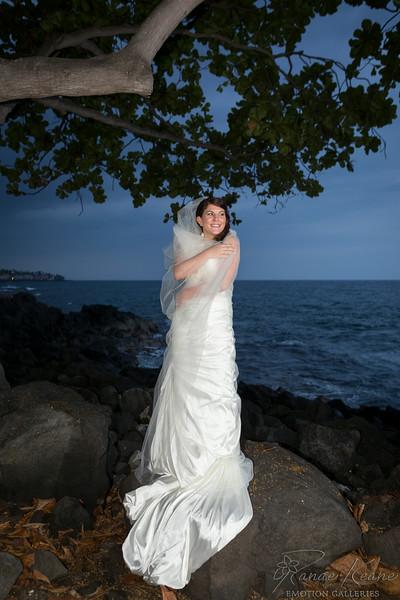 214__Hawaii_Destination_Wedding_Photographer_Ranae_Keane_www.EmotionGalleries.com__140705.jpg