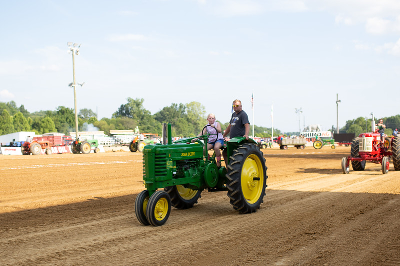 Antique Tractor Parade-38.jpg