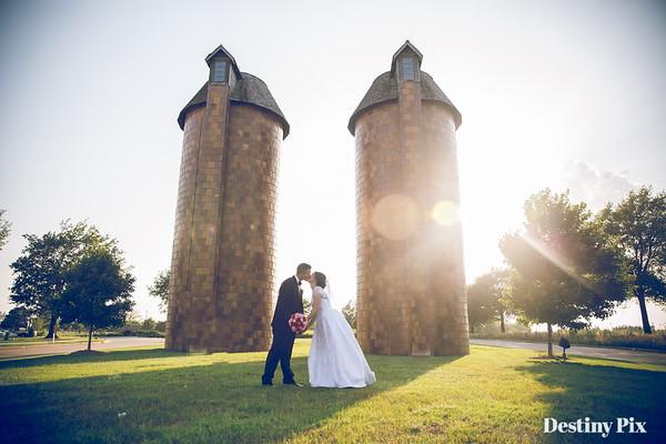 Lauren and Jeremiah's Wedding Pix
