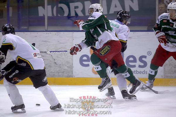 Comet Ice Hockey -at- Frisk Asker Tigers (8.1.09)