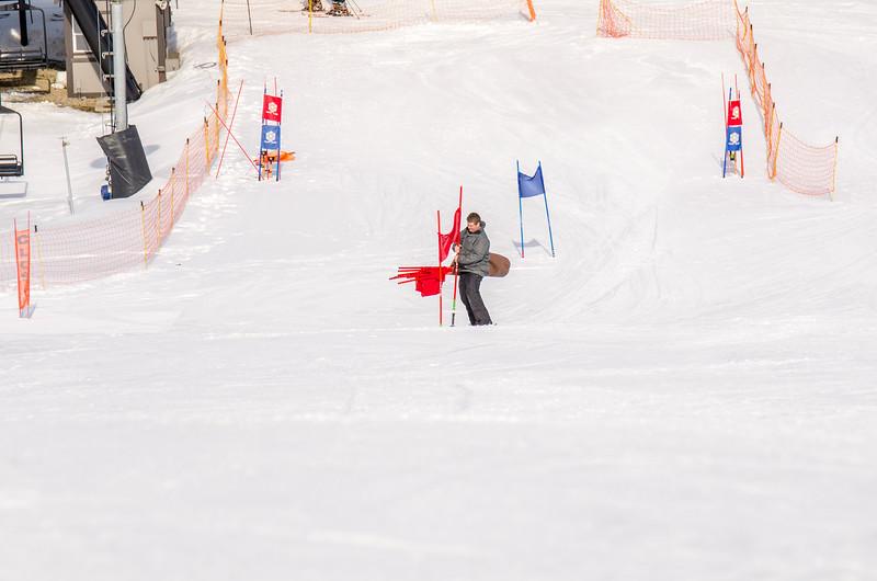 Standard-Races_2-7-15_Snow-Trails-151.jpg