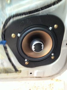 1996 Toyota 4Runner SR5 Rear Door Speaker Installation - USA