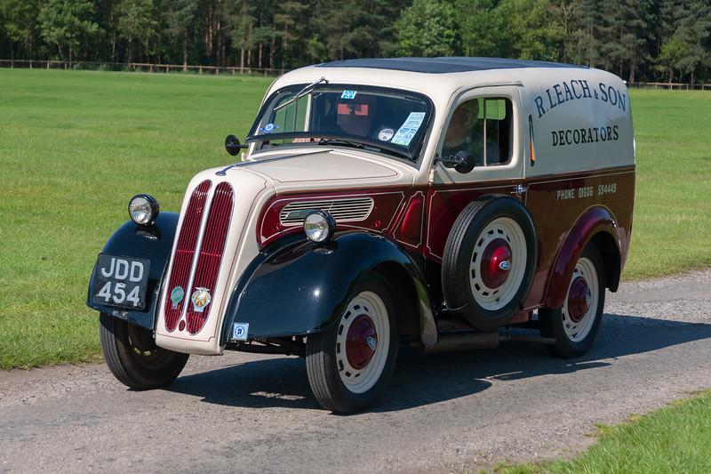Ford Van JDD 454