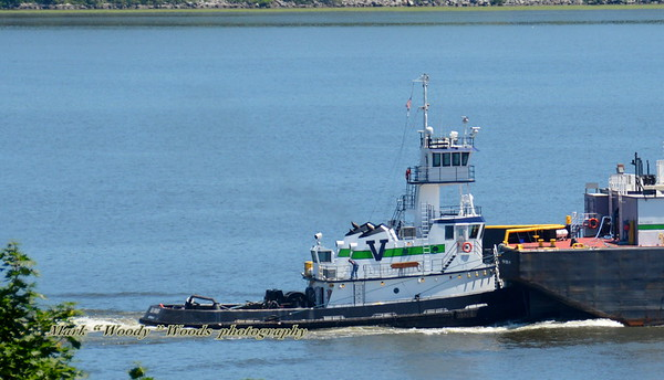 Today 7/1/19 @ 13:00 hd hrs we have, new to my gallery, Vanes Brother's Elk River south bound at Mount Beacon New York. Deckhand seen midships looks like he is cleaning the craft. Capasides always amaze me.The tug's capacities are 65,575 gallons of fuel, 2,068 gallons of lube oil, and 2,890 gallons of water.