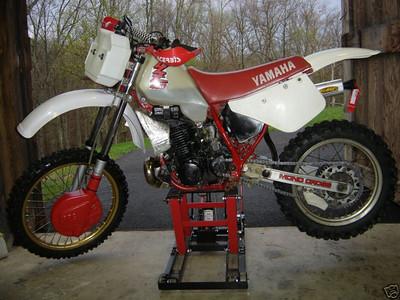 1984 YZ 490