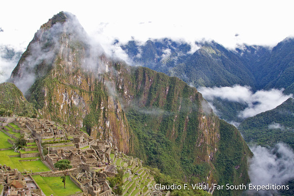 Peru Highlights: Amazon and Machu Picchu