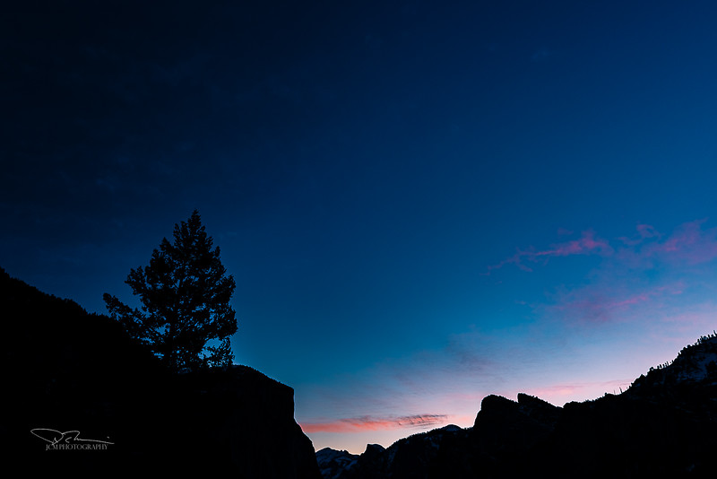 Sunrise over Yosemite Valley - from Tunnel View