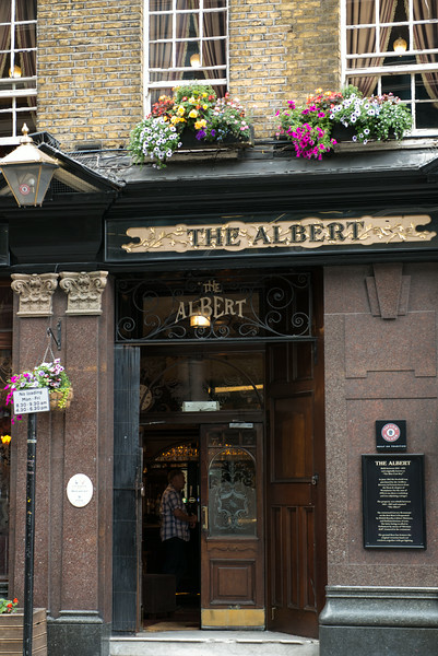 The Albert Pub - Central London