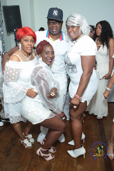 SHERRY SOUTHE WHITE PARTY  2019 re-256.jpg