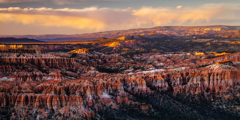 Bryce Point Sunset 3539-3544 - 2.jpg
