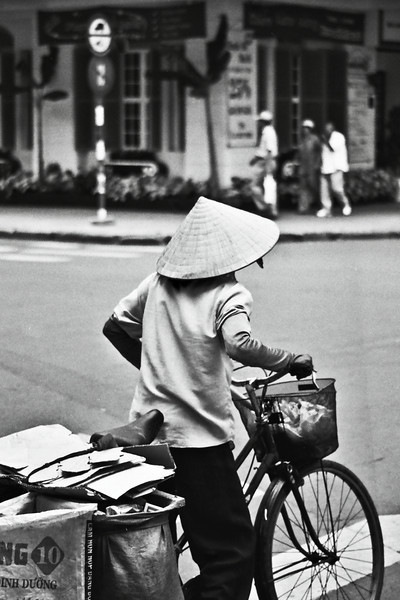 Ho Chi Minh City, July, bicycle 2003 July.jpg