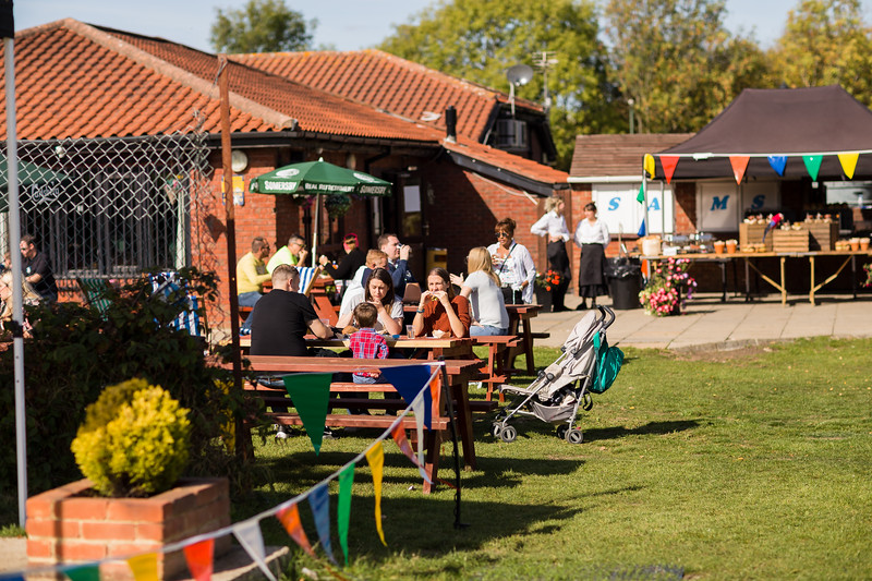 bensavellphotography_lloyds_clinical_homecare_family_fun_day_event_photography (38 of 405).jpg