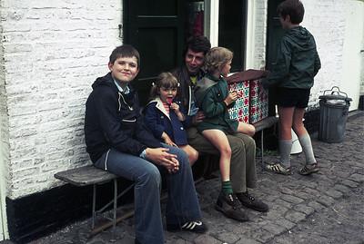 1973-1974 - Weekend - VIK - Male
