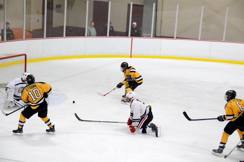 141004 Jr. Bruins vs. Boston Bulldogs-017.JPG
