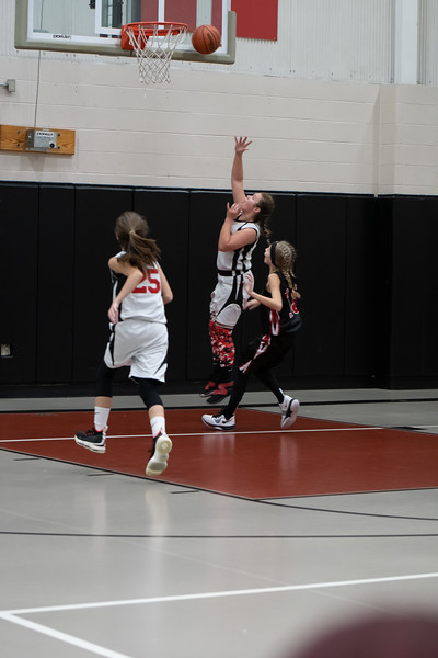 Hawks 6th Grade City Team-8333.jpg