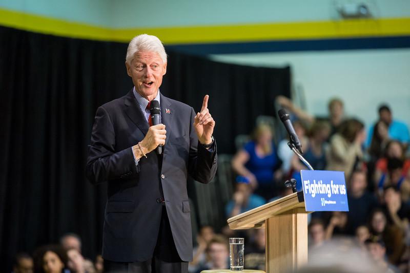 President Bill Clinton @ TCNJ 5-13-2016-30.jpg