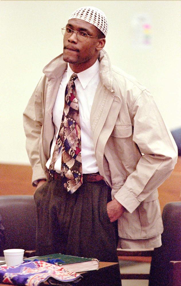 Description of . Daniel Green, convicted of killing James Jordan, father of Michael Jordan, tells the judge he didn't kill Jordan during the sentencing phase of his trial in Lumberton, N.C., Tuesday, March 12, 1996. Judge Gregory Weeks sentenced Green to life in prison.(AP Photo/Bob Jordan,Pool)