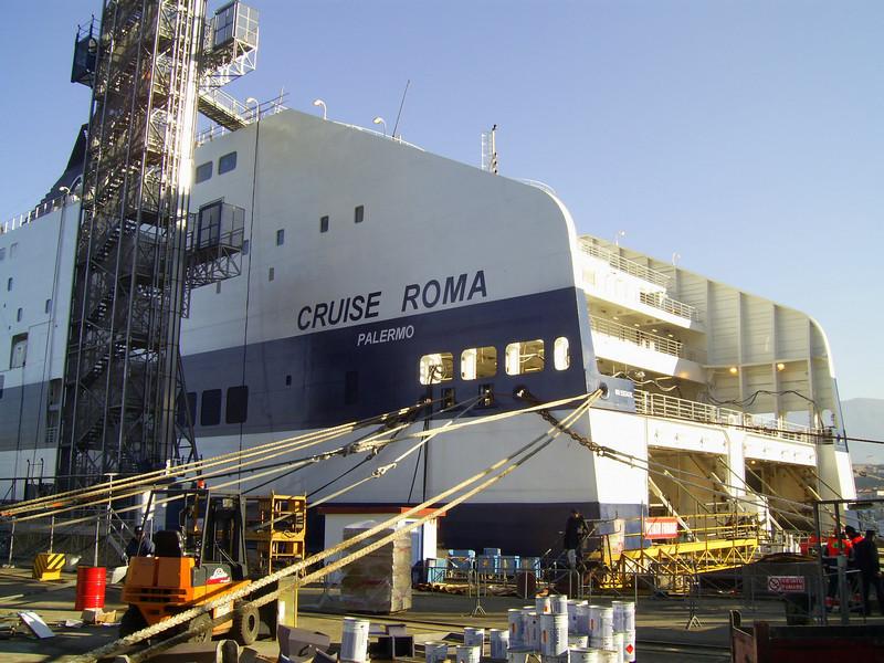 2007 - CRUISE ROMA in construction at Castellammare di Stabia.