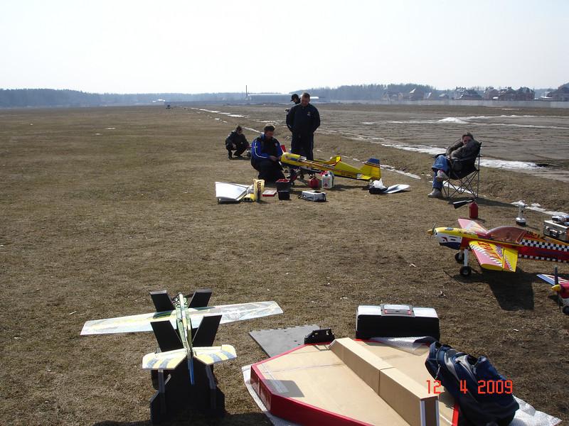 2009-04-12 ВПП Монино 06.JPG