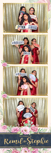 Alsolutely Fabulous Photo Booth 031123.jpg