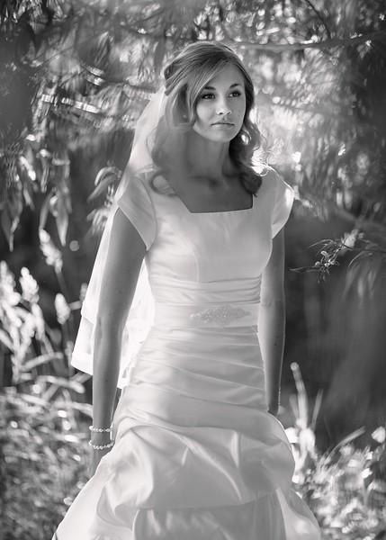 Amy Bridals 048bw.jpg
