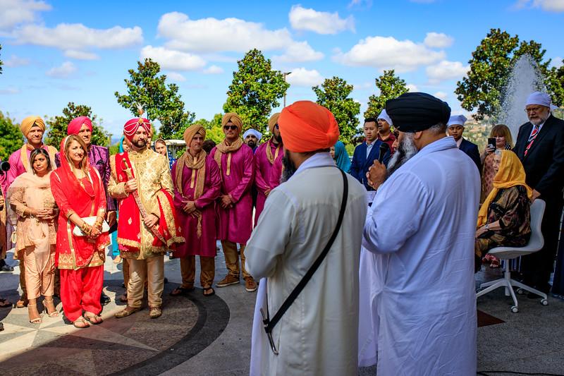 Neelam_and_Matt_Gurdwara_Wedding-1230.jpg