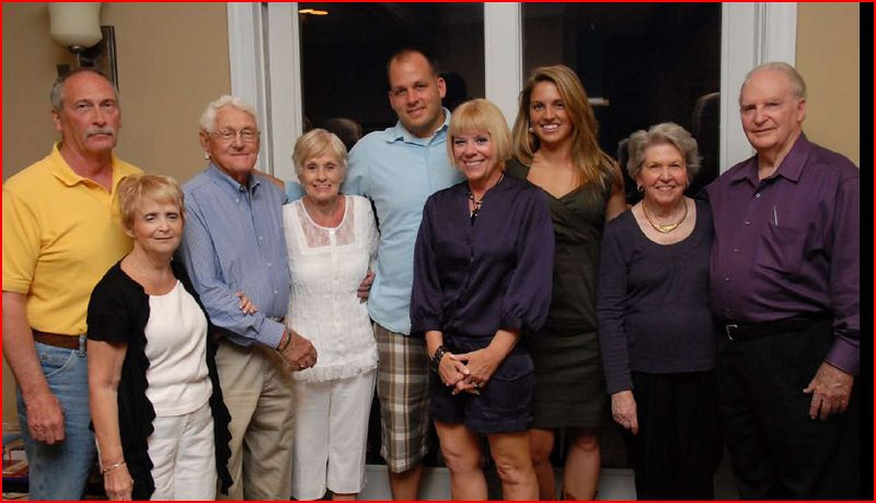 REHEARSAL DINNER JUSTINS FAMILY 1.JPG